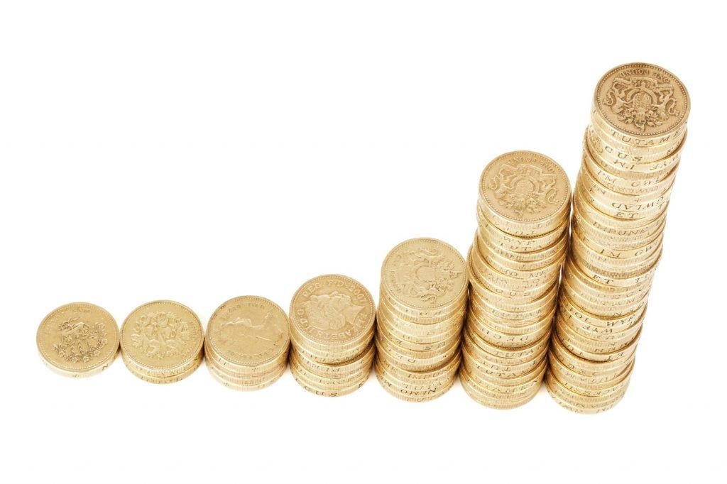 Gyventojai, kaupiantys lėšas II pakopos gyvenimo ciklo fonduose, šiemet skaičiuoja uždarbį
